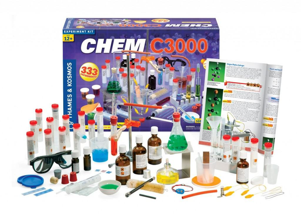 Best Science Gifts for Teen Boys: Chem C3000 chemistry kit