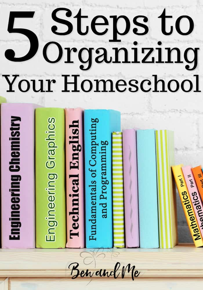 Whether you're a natural at organization or not, homeschooling can present a little chaos in everyone's life. This can result in even the most organized homeschool moms being thrown off the course of tidiness. Here are 5 steps to organizing your homeschool. #homeschool