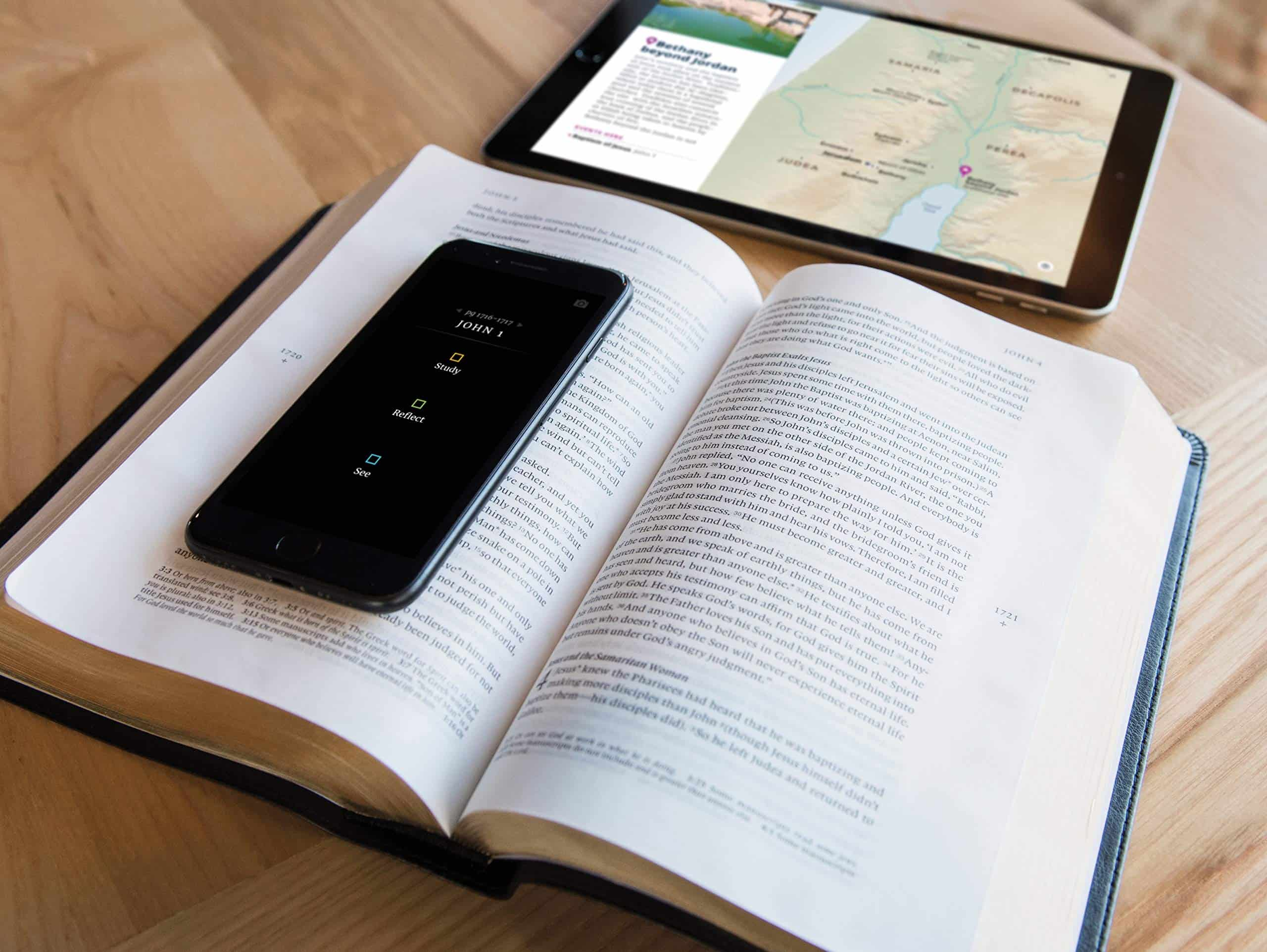 The Filament Bible is completely unique Bible experience that combines the simplicity of a print Bible with the ability to dig deeper with Filament Bible app. #biblestudy #filamentbible #startwithjohn #NLTBible